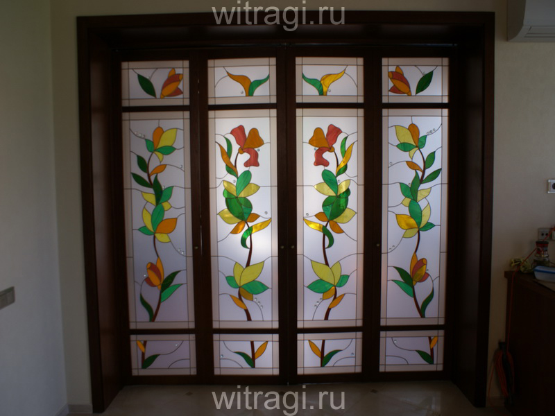Пленочный витраж: Витражи с растительным мотивом для дверей