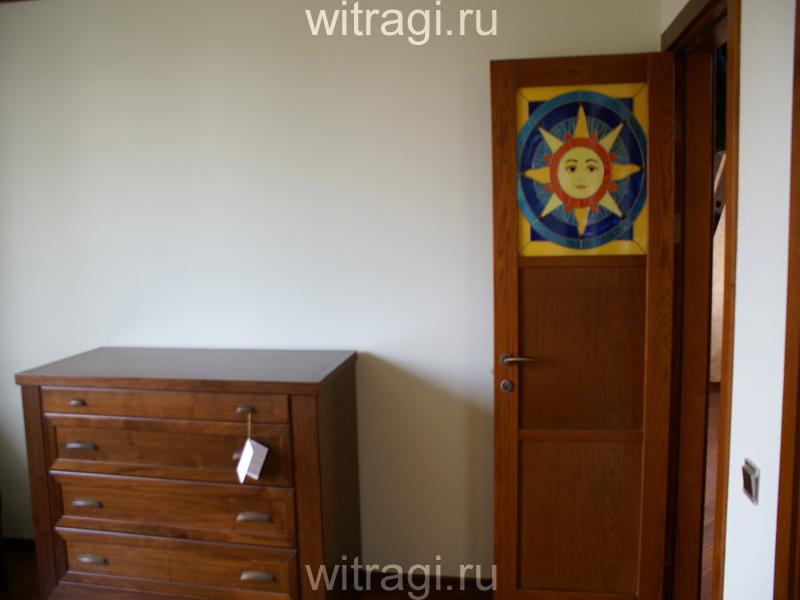 Пленочный витраж: Витраж на двери «Солнышко» (вид изнутри)