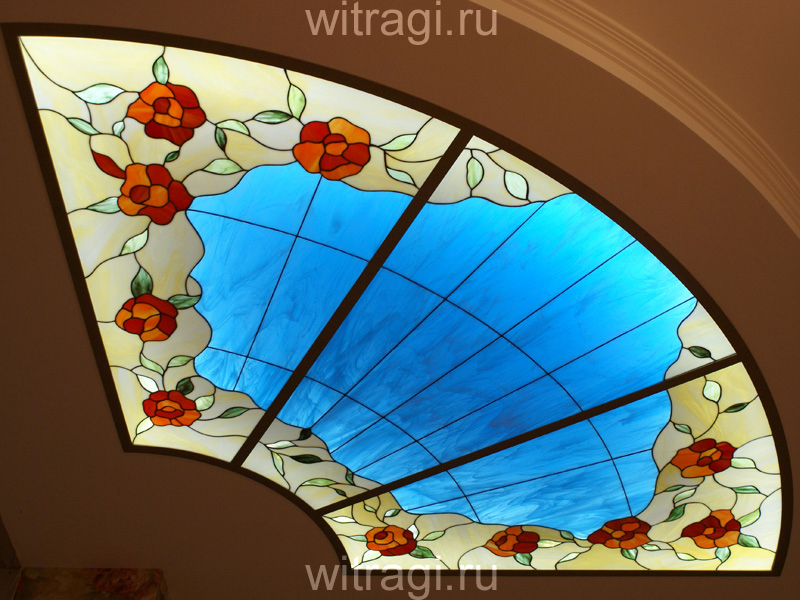 Витраж Тиффани: Витраж для потолка «Розы и небо»