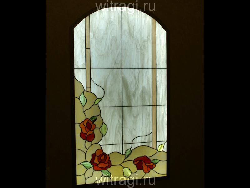 Витраж Тиффани: Витраж межкомнатный «Розы в саду; маленький витраж»